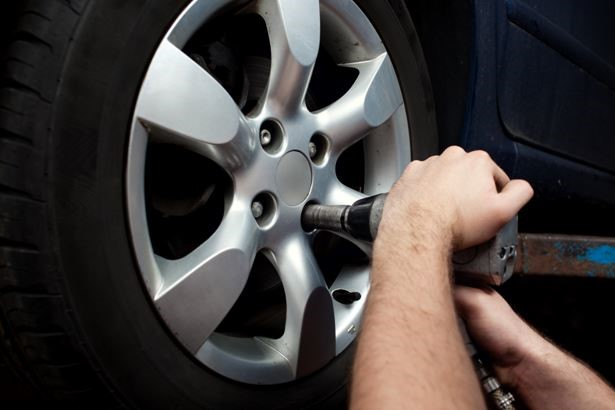 Flat Tire Repair Near Crystal Lake. IL | Auto Tech